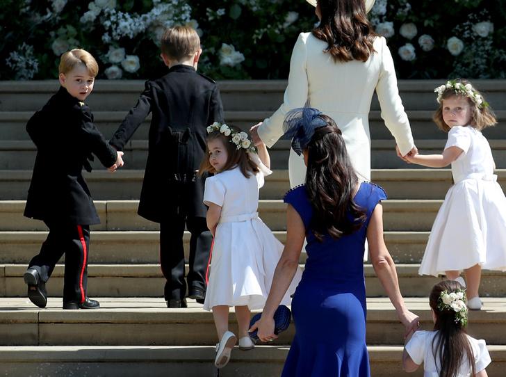 Фото №4 - Принц Джордж проявил характер на королевской свадьбе