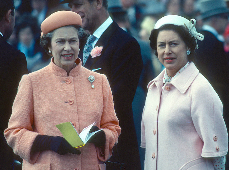 Фото №2 - Королева не виновата: почему принцесса Маргарет не вышла замуж за Питера Таунсенда на самом деле
