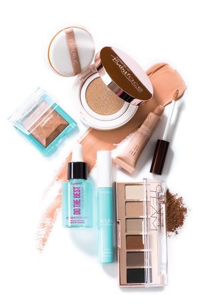 Фото №2 - Как ввести синий цвет в макияж и не пожалеть об этом