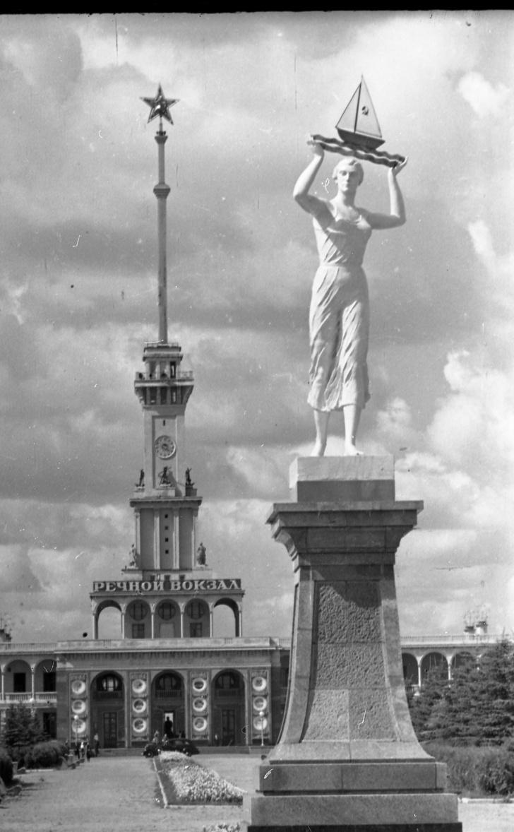 Фото №1 - Выставка «Северный речной вокзал» в Музее Москвы
