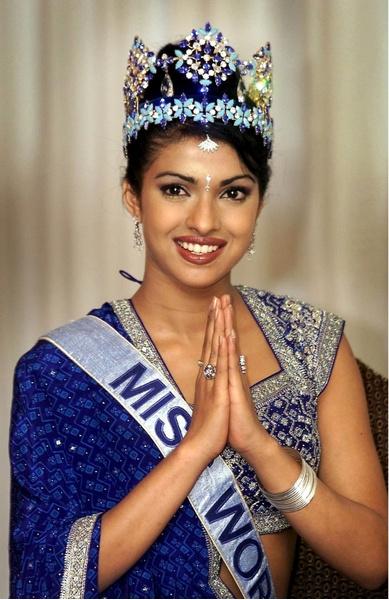Фото №11 - Монархи, политики, артисты: с кем королевы красоты связывают свою судьбу