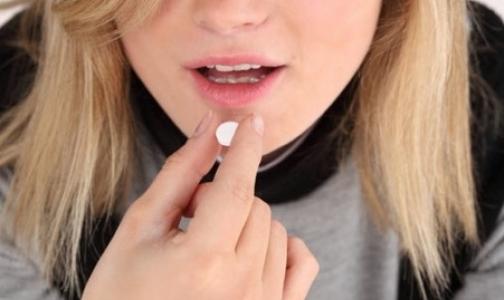 Фото №1 - Петербургский врач рассказал, стоит ли полным женщинам доверять экстренным контрацептивам