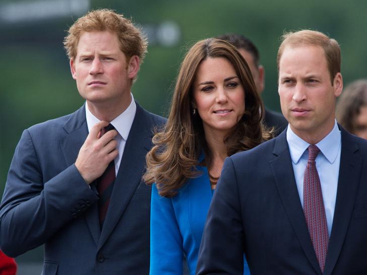 Фото №3 - Когда принц Гарри понял, что больше не хочет быть частью королевской семьи (спойлер— задолго до Меган)