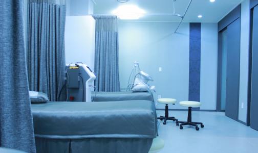 Фото №1 - Коронавирус загнал все частные клиники Испании под госконтроль