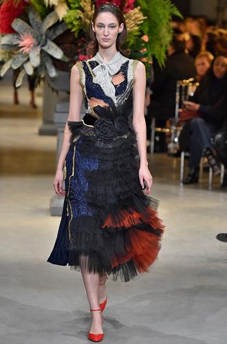 Фото №32 - 7 ключевых женских образов Недели haute couture SS17