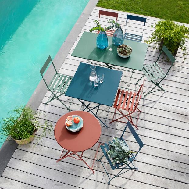 Фото №1 - 15+ идей для создания яркого пространства в саду