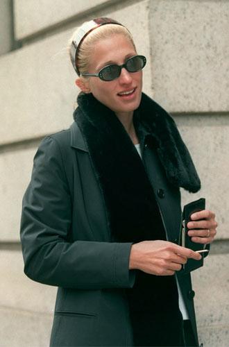Фото №8 - Правила стиля Кэролин Бессетт-Кеннеди: безупречный минимализм из 90-х