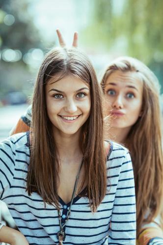 Фото №5 - К чему снится подруга: что говорят сонники и психологи