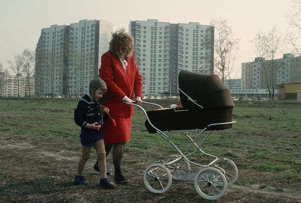 Фото №1 - 10 отличий: вещи, которые делали наши мамы и не делаем мы