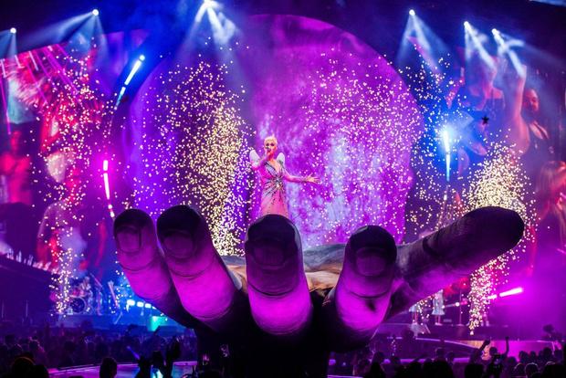 Фото №2 - Рандеву с Кэти: компания Rendez-Vous организовала поездку в Барселону на концерт Кэти Перри
