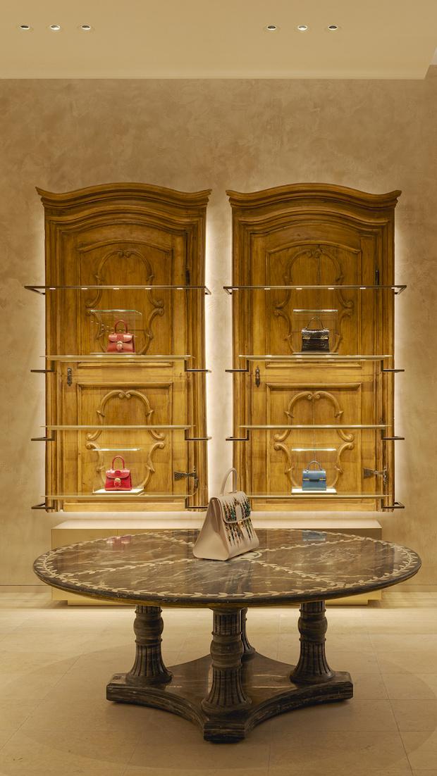 Фото №4 - Новый бутик Delvaux в самом сердце Парижа