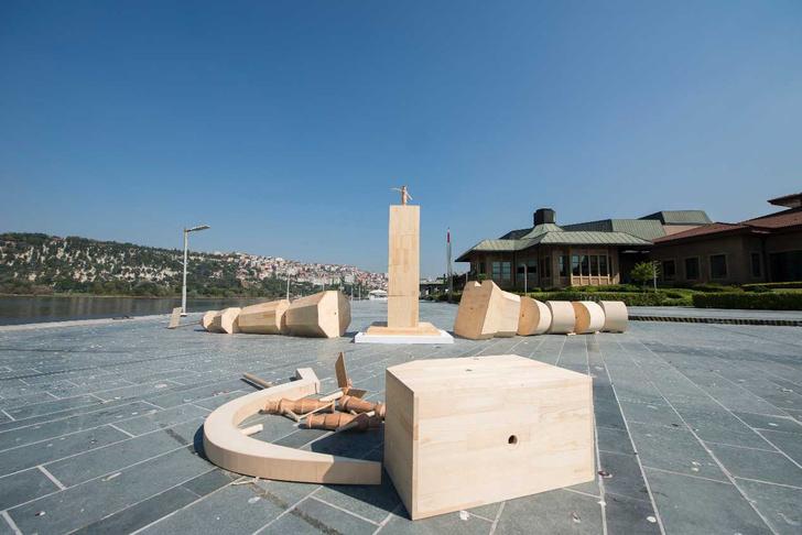 Фото №2 - На площади Искусств появится инсталляция «Трансформер»