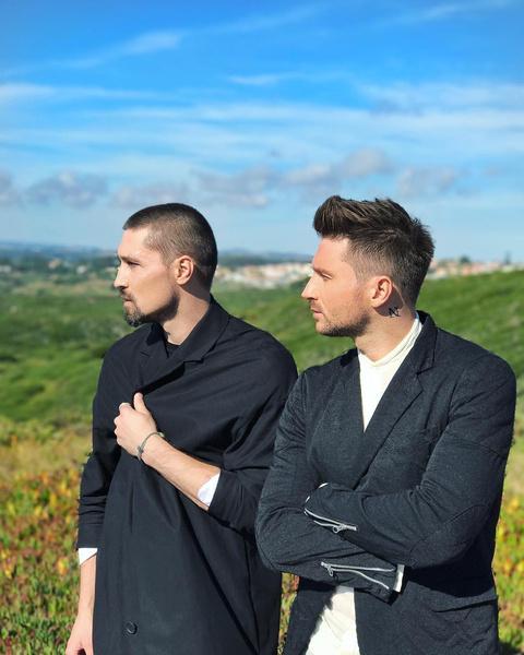 Фото №3 - Звездный тандем: Билан и Лазарев снимают клип в Португалии