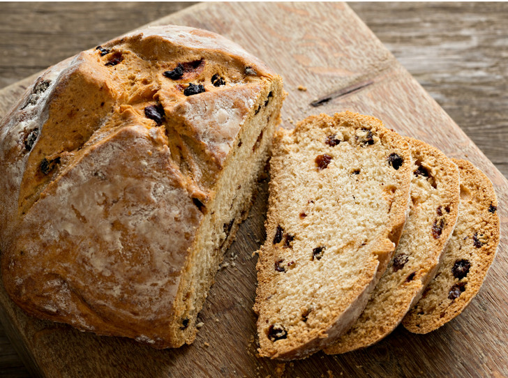 Фото №2 - Домашний хлеб: 3 необычных рецепта для всей семьи