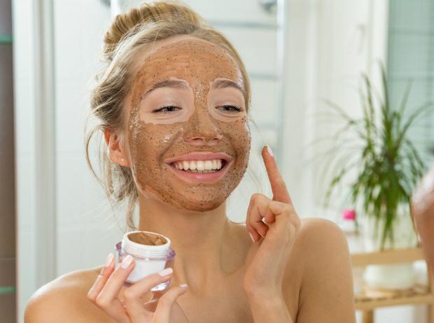 Фото №5 - 5 рецептов масок для лица, которые можно делать дома