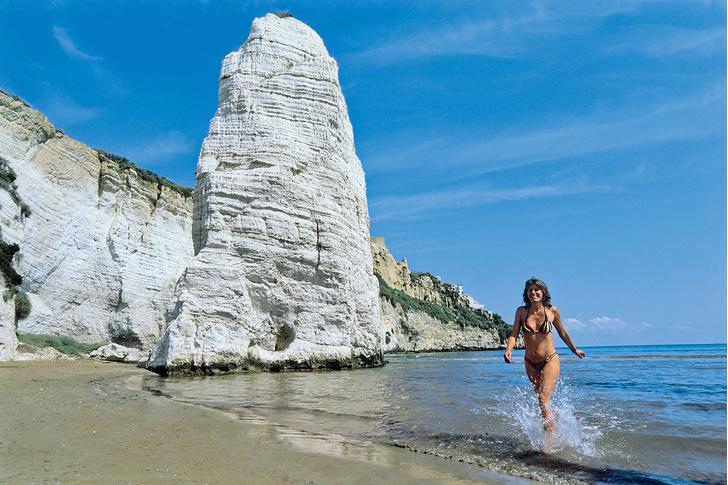 Фото №1 - 7 самых живописных пляжей Италии