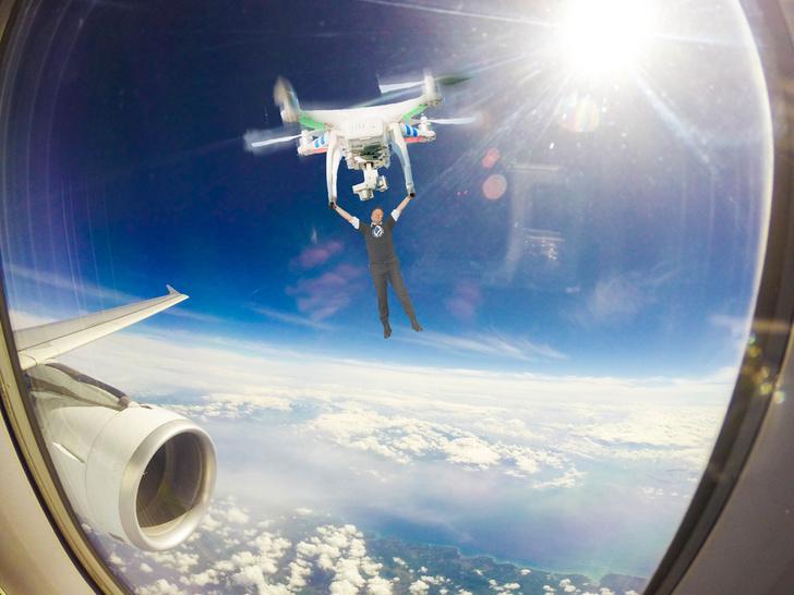 Фото №7 - Лучшие фотожабы на Илона Маска, празднующего успешный запуск Crew Dragon на МКС