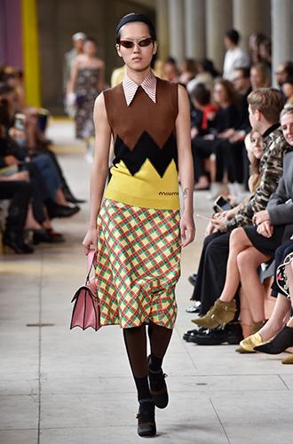 Фото №20 - По секрету: 10 неочевидных (пока) трендов Недели моды в Париже