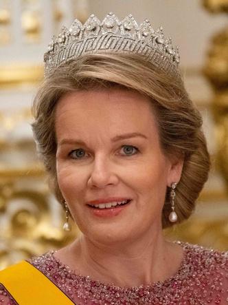 Фото №13 - Самые роскошные и дорогие тиары королевской семьи Бельгии
