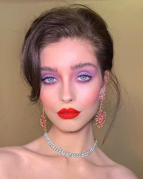 Фото №3 - Beauty inspiration: яркий макияж за 5 минут