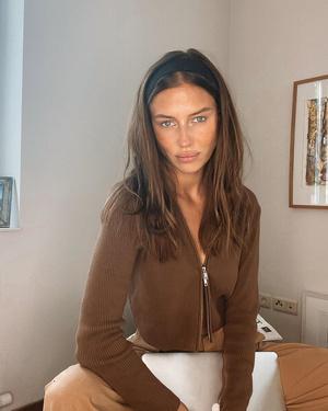 Фото №3 - Гардероб новой девушки Брэда Питта: 6 любимых вещей модели Николь Потуральски