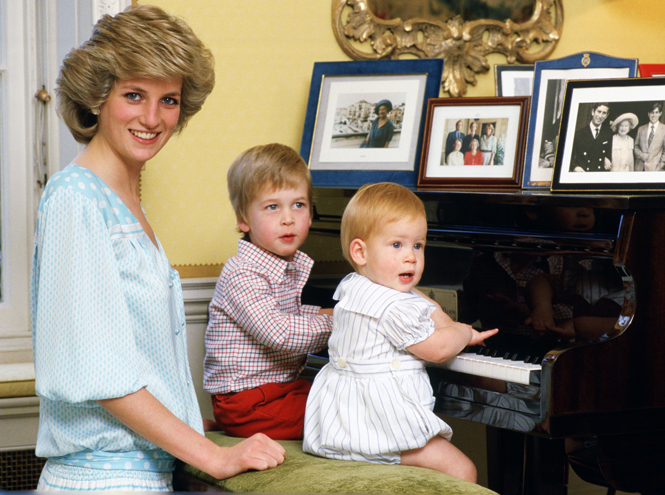 Фото №8 - Хватит ныть, идите работать: как принц Гарри и другие члены королевской семьи разочаровывают британцев
