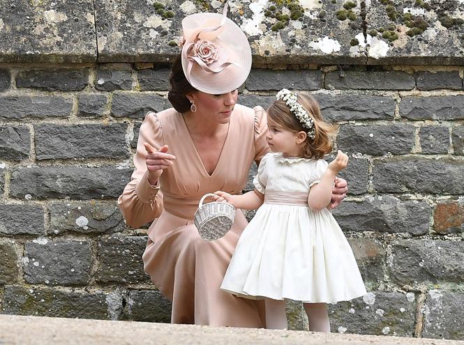Фото №2 - Принцесса Шарлотта Кембриджская: третий год в фотографиях