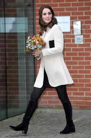 Фото №26 - 7 модных промахов Кейт Миддлтон, за которые ей досталось от прессы