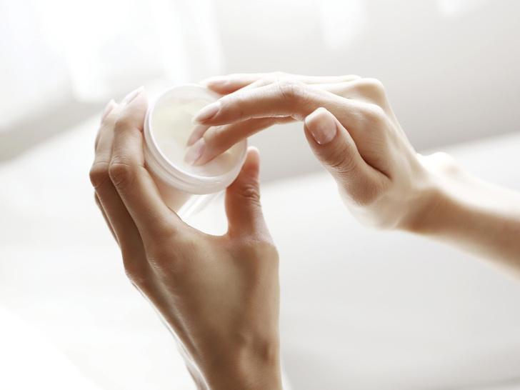 Фото №3 - Спасение от сухости кожи: что такое церамиды, и как они работают