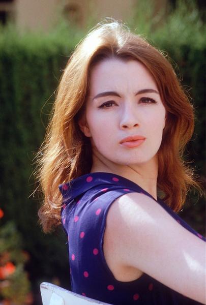 Фото №3 - «Современная Мата Хари»: как 19-летняя танцовщица крутила романы с британским министром и советским шпионом одновременно