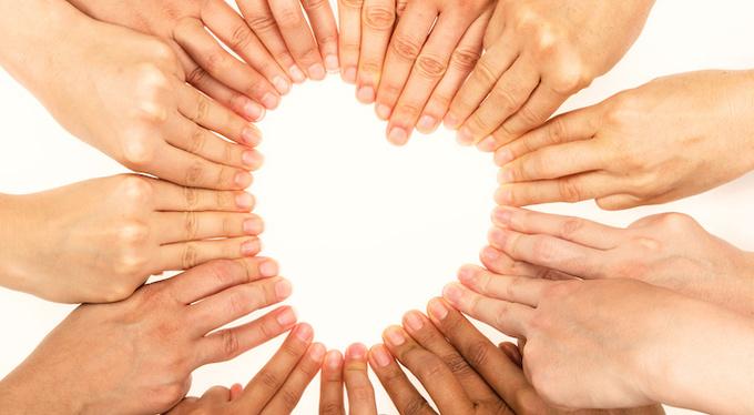 Можно ли любить все человечество?
