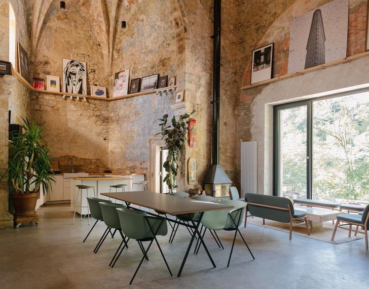 Фото №10 - Дом в старой церкви в Испании