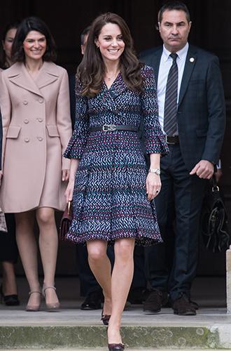 Фото №5 - Из простолюдинок в аристократки: как Кейт Миддлтон изменилась за 10 лет рядом с Королевой
