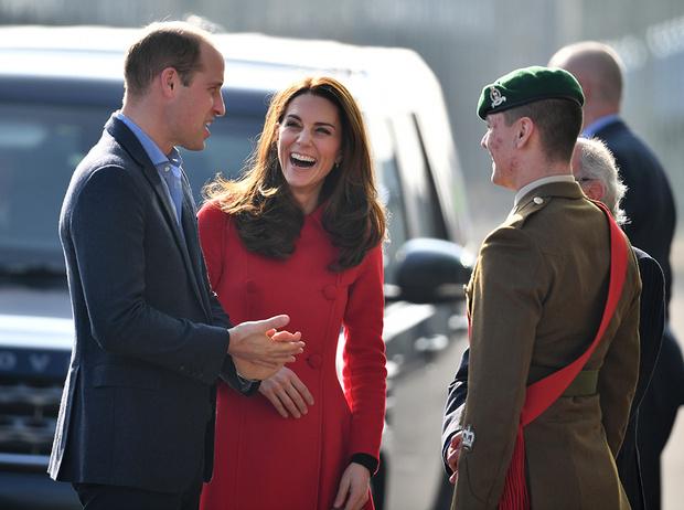 Фото №4 - Герцог и герцогиня Кембриджские (неожиданно) прилетели в Северную Ирландию