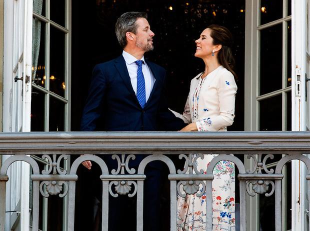 Фото №14 - Как простолюдинки спасли европейские монархии от краха