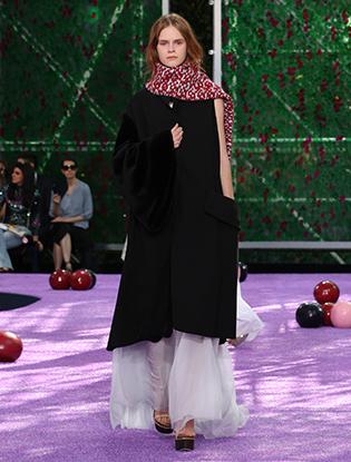 Фото №27 - Неделя Высокой моды в Париже: Dior Couture AW2015/16