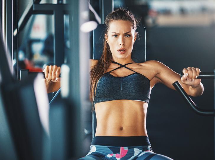 Фото №1 - Силовые тренировки для женщин: мифы об огромных мышцах и правда о здоровье