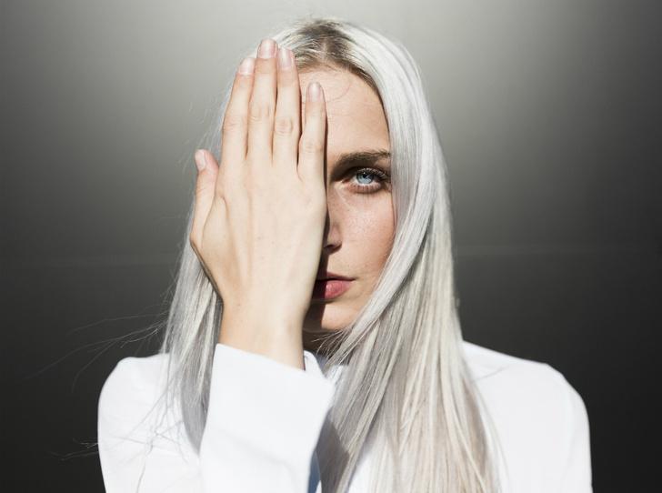 Фото №1 - Как подобрать цвет волос, чтобы выглядеть ярче и моложе (спойлер: важен тон кожи и не только)
