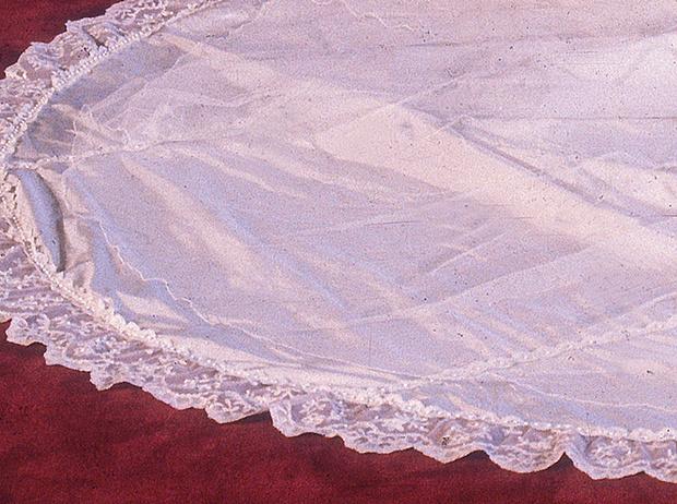 Фото №9 - Свадебное платье-катастрофа принцессы Дианы