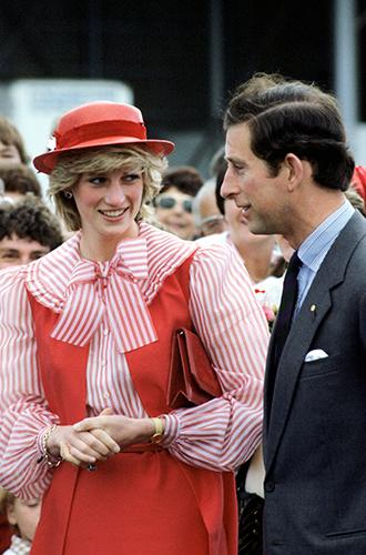 Фото №46 - 60 красных нарядов: как принцесса Диана носила любимый цвет