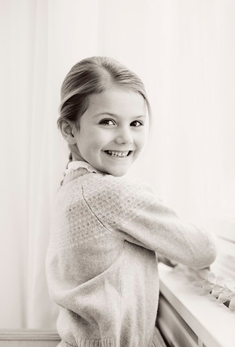 Фото №2 - Ее Королевское очарование: принцессе Эстель 6 лет