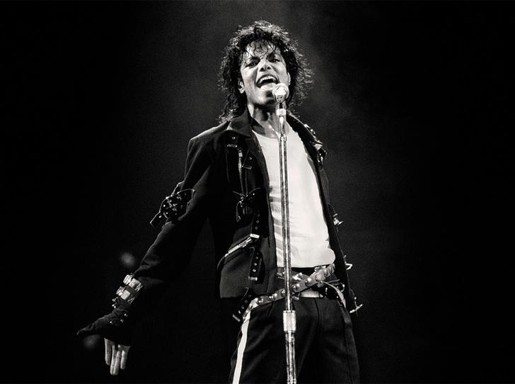 Фото №1 - 13 культовых клипов Майкла Джексона