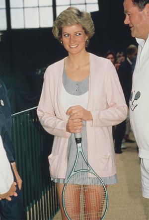 Фото №4 - Спортивный интерес: самые стильные образы Дианы на Уимблдоне