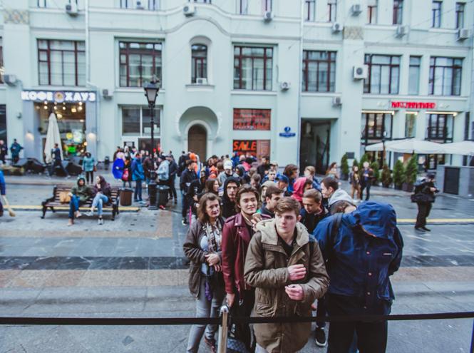 Фото №2 - Первый и единственный: в Москве открылся флагманский магазин Adidas Originals