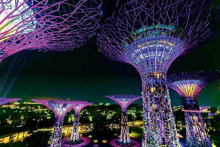 Фото №1 - Висячие сады Семирамиды в Сингапуре
