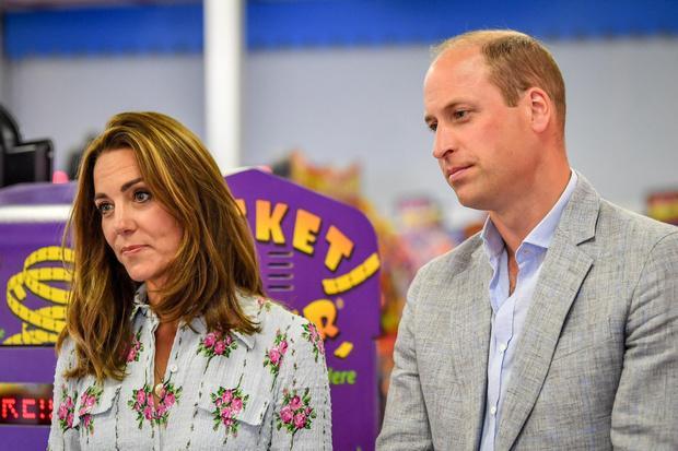 Фото №1 - Беременна или нет: о чем говорит язык тела Уильяма по отношению к Кейт