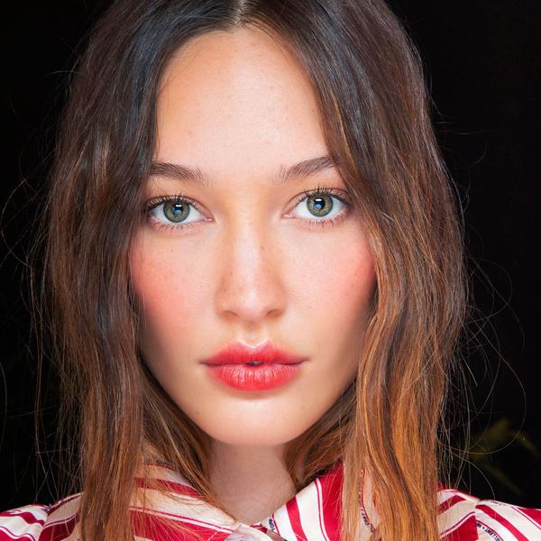 Фото №1 - Бьюти-тренд: естественный макияж в стиле романтичных француженок