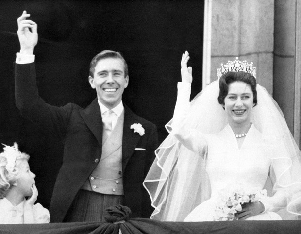 Фото №4 - Тайные встречи: как королева-мать помогала Маргарет скрывать скандальный роман (и чем все закончилось)