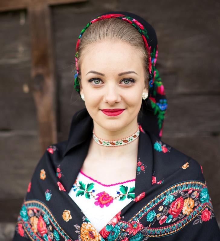 Фото №1 - Мисс мира: Румыния. Не обрывая нить