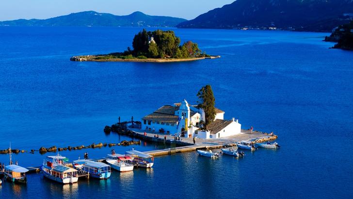 Фото №8 - 7 «мифических» мест в Греции, которые стоит увидеть своими глазами